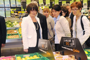 Sylvia Pinel en visite chez Casino | agro-media.fr | actualité agroalimentaire | Scoop.it