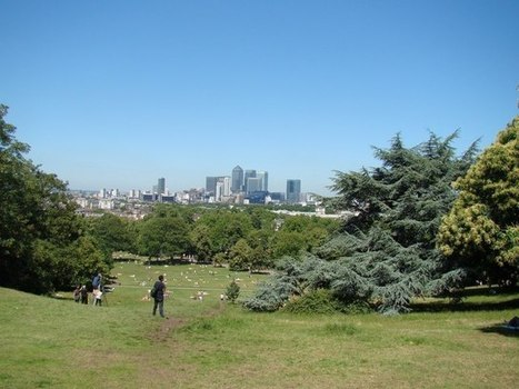View of Canary Wharf from the hill in Greenwich Park:: OS grid TQ3877 :: Geograph Britain and Ireland - photograph every grid square! | The Royal Parks of London | Scoop.it