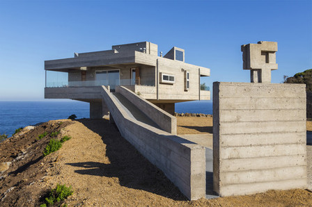 [Valparaíso, Chile] The Mirador House  / Víctor Gubbins Browne + Gubbins Arquitectos | The Architecture of the City | Scoop.it