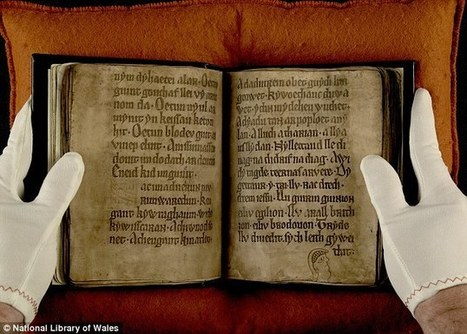 King Arthur and Merlin manuscript haunted by ghost images - Daily Mail | Celts | Scoop.it