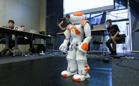 Your robot helper is on the way now it can learn from its friends | Robotics by Aldebaran | Scoop.it