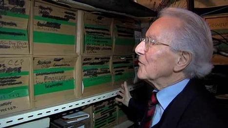 Gilles Henry, écrivain et généalogiste fait don de ses archives personnelles à la bibliothèque de Caen-la-Mer. | Nos Racines | Scoop.it
