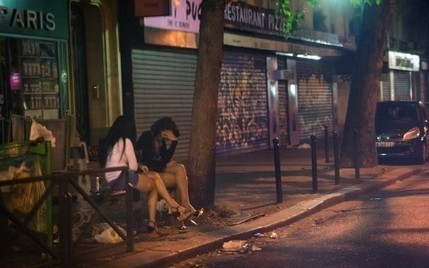 "Prostitution dans le quartier de Belleville, à Paris : un réseau de ""marcheuses"" démantelé - RTL.fr 