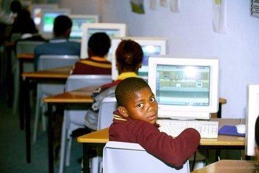 Maroc ou Afrique du Sud, qui sera le leadership africain d'Internet ? - Afrik.com   YKUBE   Scoop.it