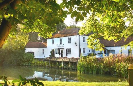 The Dundas Arms, Kintbury, West Berkshire, Pub and Accommodation | Vacation & Travel | Scoop.it