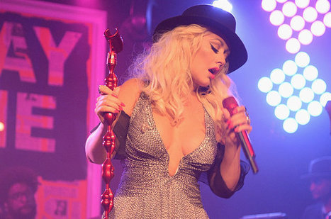 Christina Aguilera to Teach Online Singing Course | e-Learning, Diseño Instruccional | Scoop.it