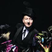 British celebrity milliner bringing his magic to Dunedin - Otago Daily Times | COMME des | Scoop.it