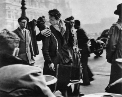 Le baiser de l'hôtel de ville- Robert Doisneau | Single-InTheCity | Scoop.it