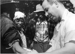 The Tuskegee Syphilis Experiment: Bad Blood | Community Village World History | Scoop.it