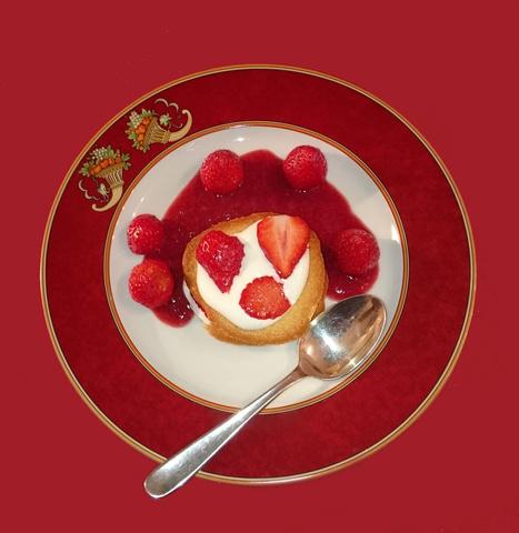 Tuiles aux fraises coulis au vin rouge (recette de Michel Bras) | Images et infos du monde viticole | Scoop.it