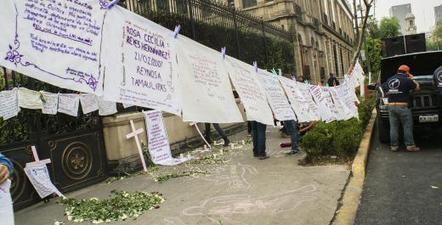 Embroidery Collective Gives Voice to Mexico's Victims of Gender-Based Killings | Global Press Institute | News in North America | Scoop.it