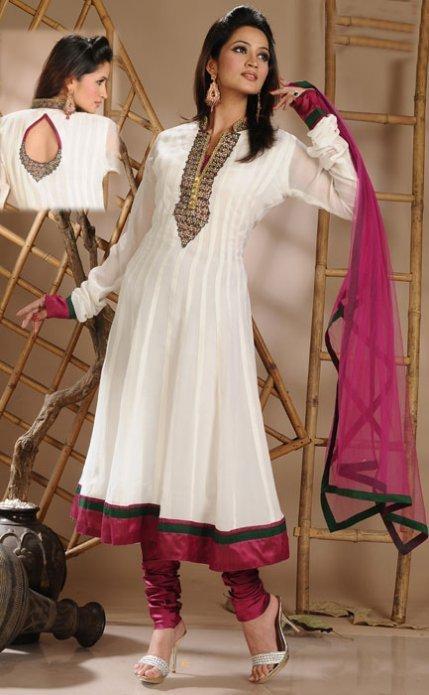 Salwar Kameez - A Classic Indian Wear for Women | Salwar Kameez | Scoop.it