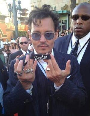 Twitter / terryrn25: #johnnydepp showing some love ... | autoimmune disease | Scoop.it