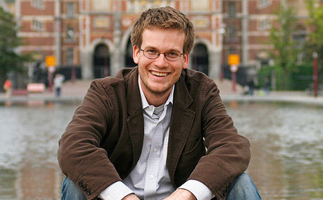 New Hollywood: John Green talks 'Fault in Our Stars' movie and his meeting with Obama | EW.com | Book Talk | Scoop.it