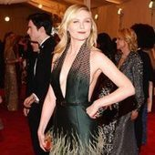 Happy Birthday, Kirsten Dunst! See the 32-Year-Old Actress' Best Fashion Looks | BlingBling | Scoop.it
