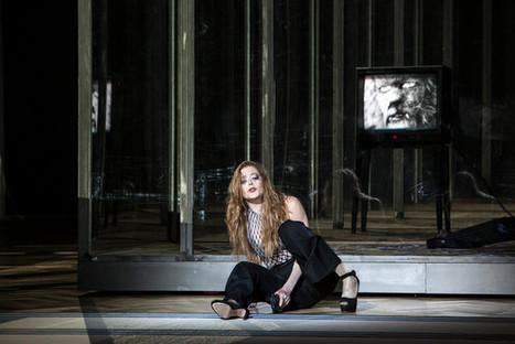 A l'Opéra Garnier, Warlikowski réunit Bartók et Poulenc : une belle et sombre histoire...   Revue de presse théâtre   Scoop.it