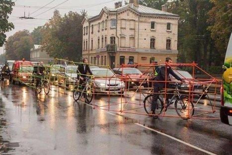 Bike Vs Car : quand les cyclistes dénoncent la place occupée par l'automobile   Villes en mutation, BTS I   Scoop.it