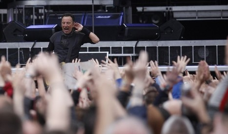 Middle-aged fans to Bruce #Springsteen : Cut it out, we're exhausted ! -Blogness on the Edge of Town | Bruce Springsteen | Scoop.it