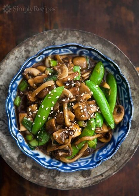 Mushroom Stir Fry with Peas and Green Onions Recipe | SimplyRecipes.com | Food Porn | Scoop.it