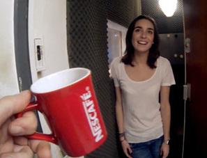 Nescafé propose à un inconnu d'aller rencontrer chacun de ses amis Facebook autour d'une tasse de café   brand content   Scoop.it