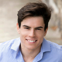 Elliott Donazzan (One Cent Flights) - 21 Yr Old With A Business Turning Over $100k a Month! | Young Entrepreneur Interviews | Scoop.it