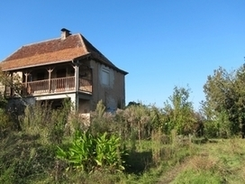 Un village corrézien à vendre pour 369.000 euros   Insolite   Scoop.it