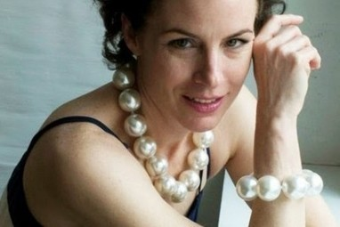 Hot Girls Pearls Cool Way to Ease Menopausal Hot Flashes (Interview) - Guardian Liberty Voice | Fashion ,Jewelry & Beauty | Scoop.it
