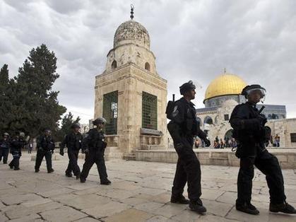 متطرفون يهود يقتحمون باحات الأقصى | Middle East | Scoop.it