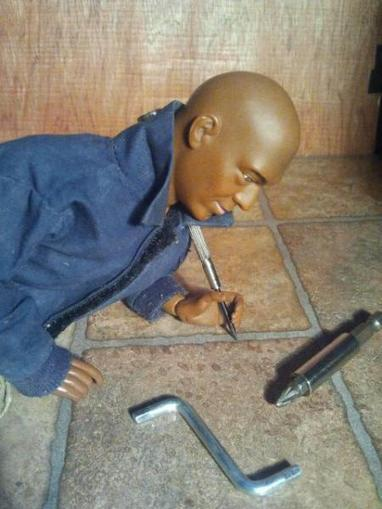 Tyresse installing new floors in the Villa.. - Doll Observers | Playscale Picks | Scoop.it