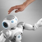 Vidéo - Nouvelle démonstration du robot Nao d'Aldebaran Robotics   Robots humanoides   Scoop.it