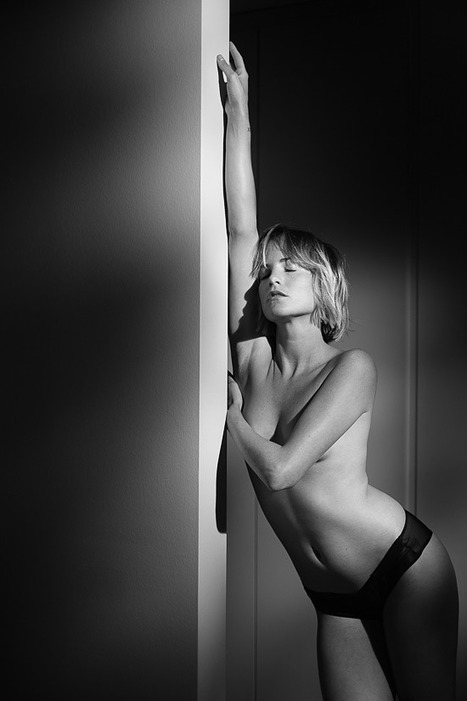 Margaux, boudoir, X-T2 ~ NSFW - ProPhotoNut | Fujifilm X Series APS C sensor camera | Scoop.it