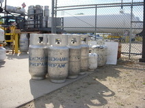 Fork Lift Propane: Propane Tanks & Cylinders   Benefits of Farm and Home Propane   Scoop.it