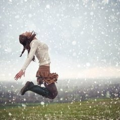 The Snow Jump  by Olivia Bell | Kol Tregaskes Photography Blog | Scoop.it