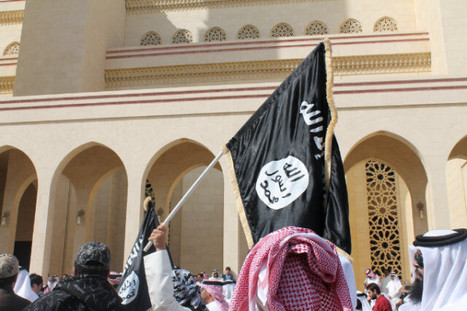 Al-Qaeda flag being raised at a Al-Khalifa rally in Bahrain! ....  Qaeda/Khalifa, its all the same, terrorists! | Human Rights and the Will to be free | Scoop.it