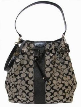 Review Tas Branded Wanita Terbaru: Tas Coach signature stripe drawstring shoulder bag (black) | Tas Wanita Cantik | Scoop.it