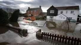 Carbon emissions boosted 2014 January storm risk 'by 43%' - BBC News | Maps & miscellaneous | Scoop.it