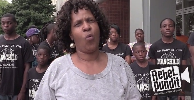 MUST SEE VIDEO>>> Chicago Inner City Blacks GO OFF on Obama Over Illegal Immigration