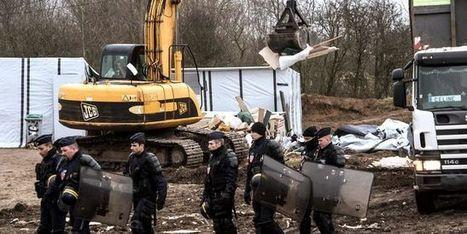 Calais: ne réduisons pas la France «à des barbelés et des bulldozers» | Libertés Numériques | Scoop.it