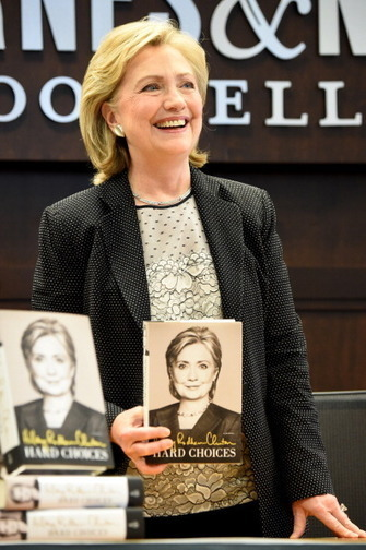 Hillary Rodham Clinton Defends Her Six-Figure Public Speaking Fees, Says ... - Latin Post | Speeches that Matter | Scoop.it