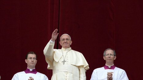 Pope, Off Script, Nods to Atheists in Holiday Call for World Peace | Communicating with interest | Scoop.it