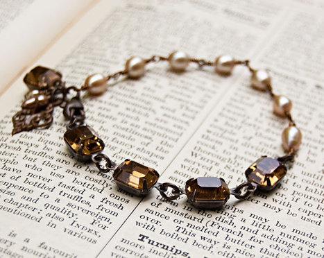 Charlotte Vintage Jewel Bracelet / Retro Glam / SRAJD | Vintage Whatever | Scoop.it