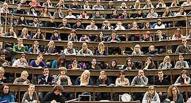 Auslegung des Urheberrechts gefährdet moderne Lehre im Medizinstudium   eLearning Schule   Scoop.it
