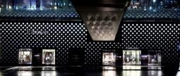 Chi è chi Online » Nuovo negozio Prada a Sydney | Facciate, facades, vertical green wall, colorful facades, wall street art, facades led media light, projection  mapping | Scoop.it