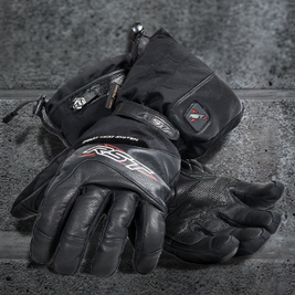 Beat The Wintry Weather RST's New Heated Glove | Motorcycle Industry News | Scoop.it