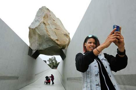 Museums make selfies an attraction   Clic France   Scoop.it