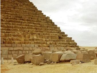 """""""Sans explication valable pour la mise en place des blocs de parement, on ne peut expliquer la construction des pyramides elles-mêmes"""" (Jean-Pierre Houdin)   Égypt-actus   Scoop.it"""