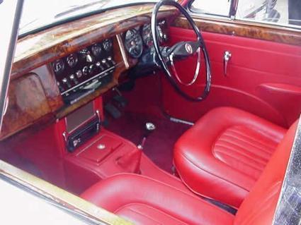 """Son Autos Clásicos sur Twitter : """"Interior Jaguar MKII 2400cc http://t.co/KEq0XtE27b""""   Jaguar Mk2 - Space, Grace, and Pace!   Scoop.it"""