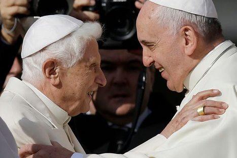 L'image du jour : le Pape Émérite Benoit XVI salué par le Pape François place Saint Pierre - Aleteia | Tout le web | Scoop.it