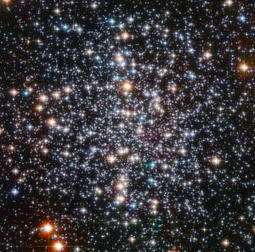 Hubble resolves globular cluster M 4 into multitude of glowing orbs | The Matteo Rossini Post | Scoop.it