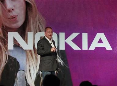 Elop running out of time to turn Nokia around - Reuters | The Finnishing Touches | Scoop.it